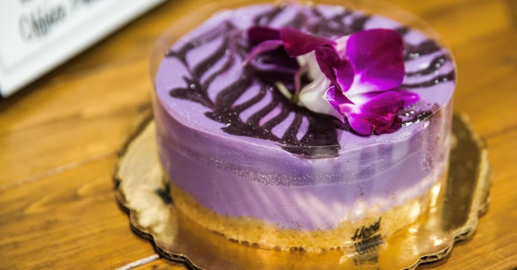 Lauded Filipino Bakery and Cafe Hood Famous Launches Its First-Ever Delivery Service