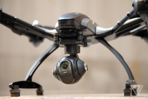 FAA announces drone owners must register by February 19th, 2016