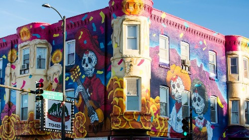 New Little Village mural by Liz Reyes completed in time for Day of the Dead celebrations