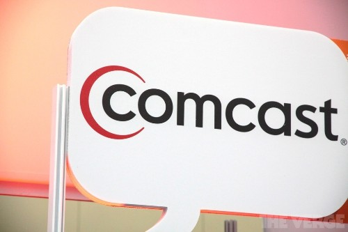 Comcast reportedly wants to nab millions of customers from Time Warner Cable