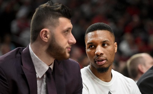 Damian Lillard convinced his teammates to donate their playoff bonuses to Blazers support staff