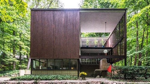 Breathtaking midcentury modern in Plymouth lists for sale for first time ever