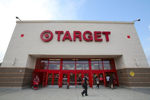 Target refuses to sell 'Beyoncé' due to iTunes-first launch