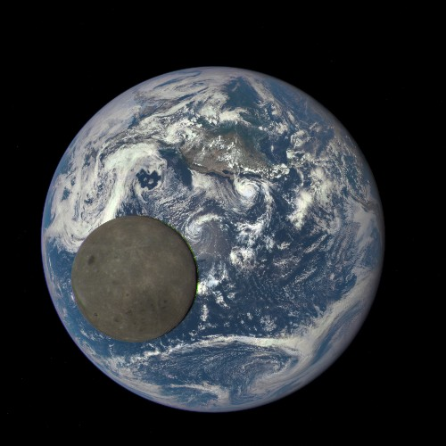 That Moon and Earth GIF is totally real: debunking Twitter's conspiracy theories