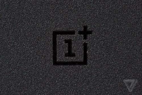 New OnePlus smartphone spotted in FCC filings