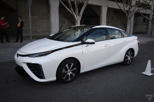 I drove the Mirai, Toyota's massive bet on hydrogen power