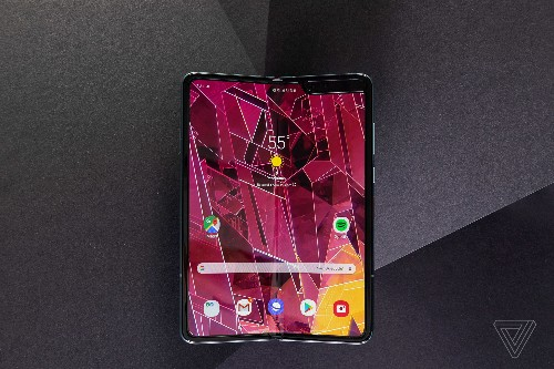 Samsung's Galaxy Fold might not ship until after the Note 10