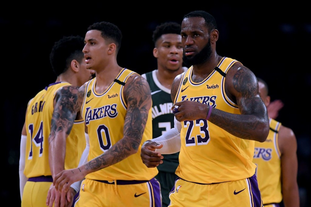 Three questions the Lakers can answer if and when the season resumes