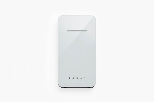 Tesla is bringing back its wireless smartphone charger at a discount