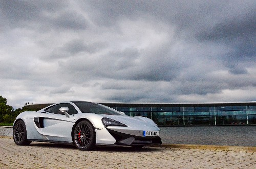 Apple and McLaren reportedly in acquisition talks