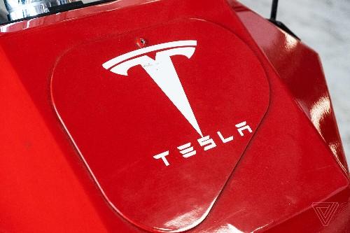 Tesla to end customer referral program, Elon Musk says