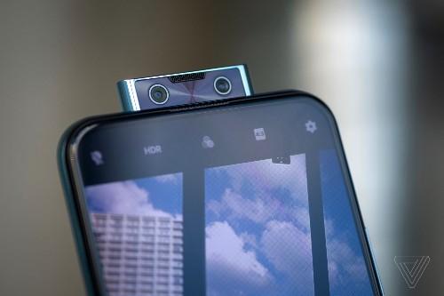 Vivo's V17 Pro has two pop-up selfie cameras