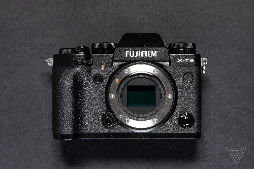 Fujifilm's new X-T3 mirrorless camera upgrades everything that matters most