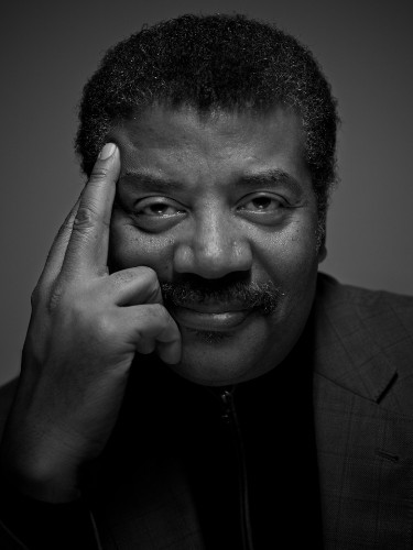 Neil deGrasse Tyson is live-tweeting the Super Bowl with awesome science facts