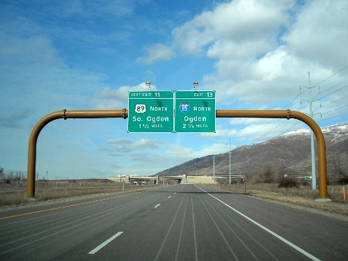 The feds are killing off Clearview, the new highway sign font