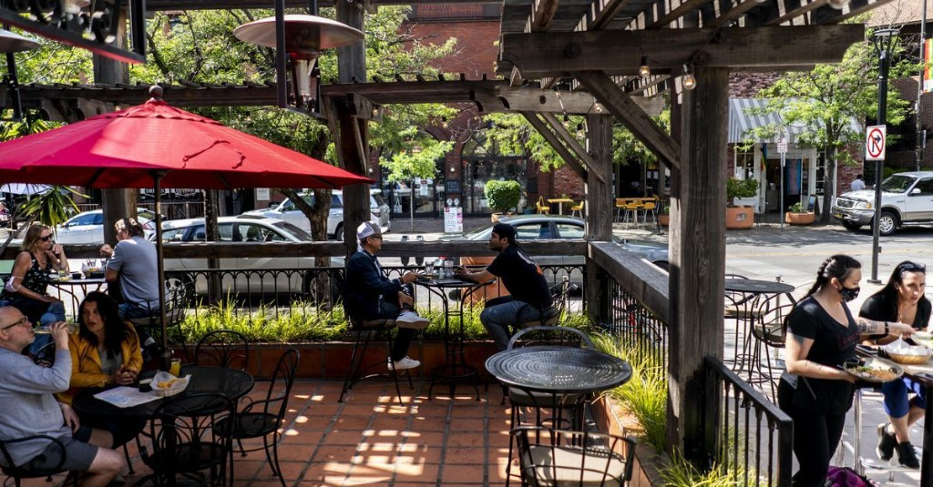 Sonoma County Institutes Mask Law Fines for 'Straight-up Jerks'