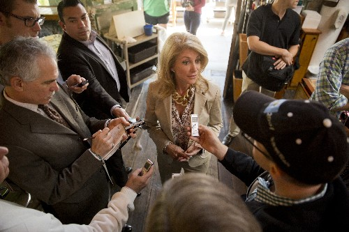 "Wendy Davis on why women need to drop the ""being nice"" act"