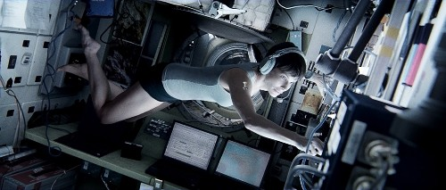 The latest 'Gravity' trailer is as beautiful as it is terrifying