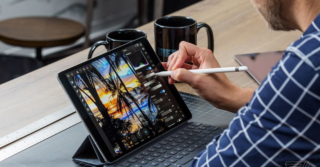 Apple Event: iPad and MacBook cover image