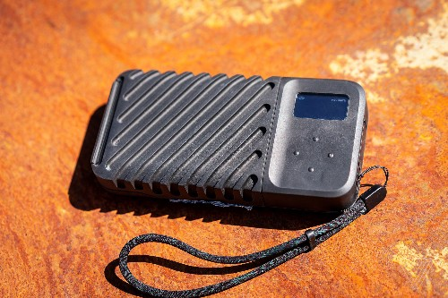 The Gnarbox 2 is a simple, expensive way to back up SD cards