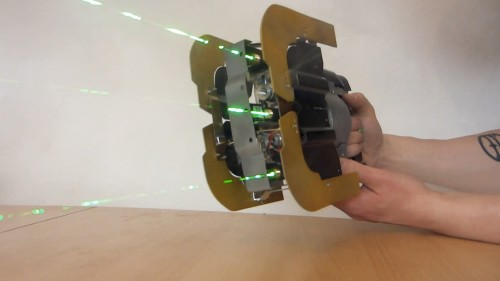 Replica of 'Dead Space' Plasma Cutter wreaks havoc with laser beams