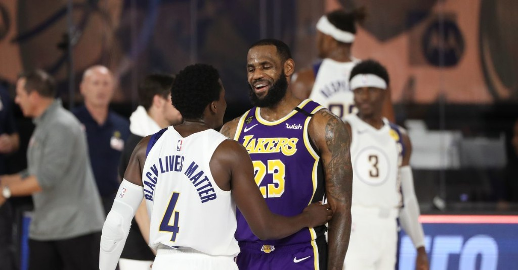 The Lakers can do more than just run it back this season, and they should