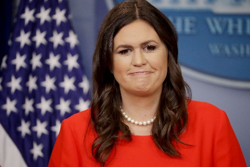 7 times the Mueller report caught Sean Spicer and Sarah Sanders lying to press