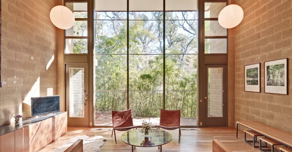 Modernist home in landmarked Austin apartment complex returns for $770K