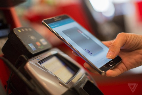 Samsung Pay will support online shopping in the US next year