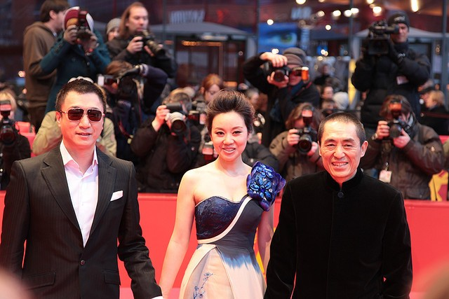 Famed Chinese director admits to violating one-child policy