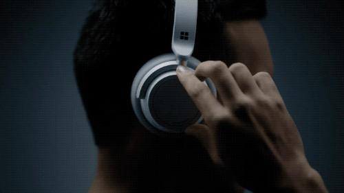 Microsoft announces noise-canceling Surface Headphones