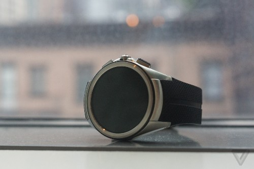AT&T is selling LG's Watch Urbane 2nd Edition LTE again after four-month delay