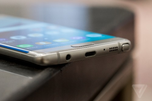 Report: Samsung's scramble to beat 'dull iPhone' led to Note 7 crisis