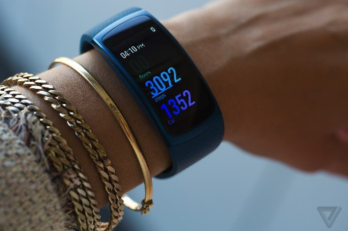Samsung Gear Fit 2 review: Samsung gets fitness tracking right
