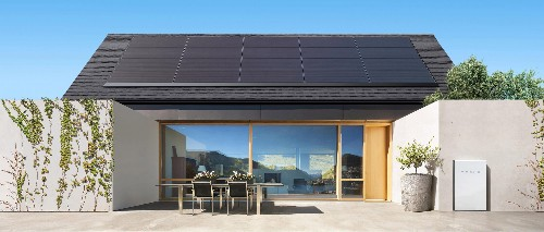 Tesla launches a rental plan to help its slumping home solar panel business