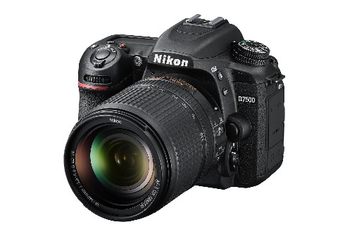 Nikon's D7500 is a midrange DSLR that takes after the D500