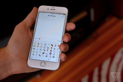 Apple proposes new job-related emoji, including astronaut and pilot