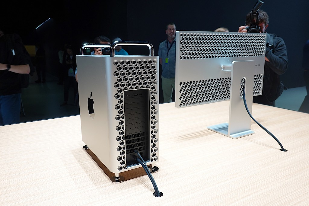 First look: the new Mac Pro is the shiny, expensive powerhouse that pros wanted