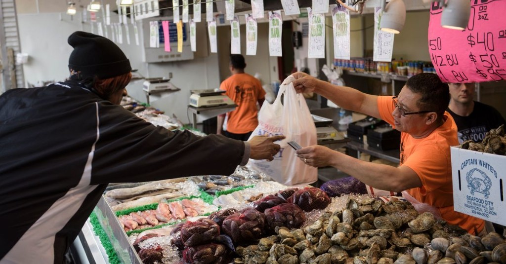 D.C. Shuts Down Iconic Maine Avenue Fish Market After Crowds Pack in Like Sardines