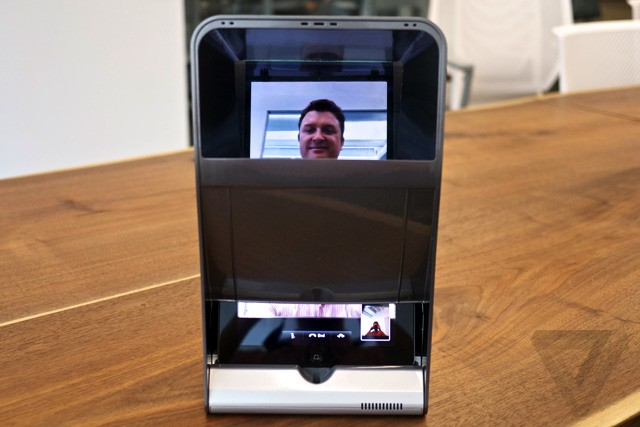Eye to eye: eTeleporter hopes to fix FaceTime's most glaring problem