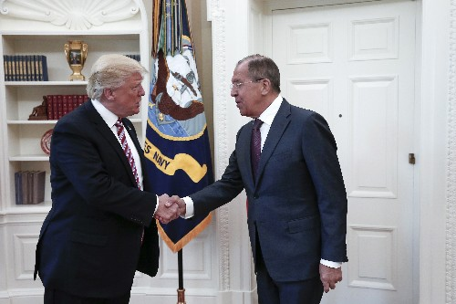 Trump gave Russia's top envoy a White House meeting. He still hasn't done that for Ukraine.
