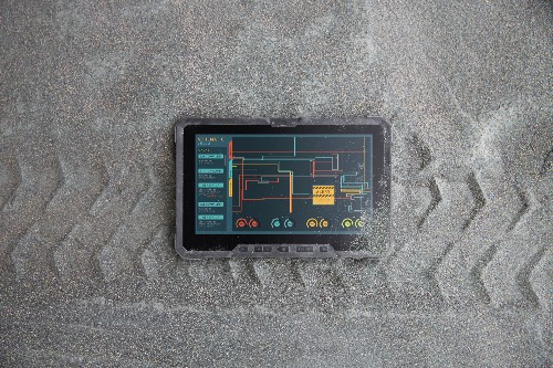 Dell's first rugged tablet runs Windows and can be thrown out of one too