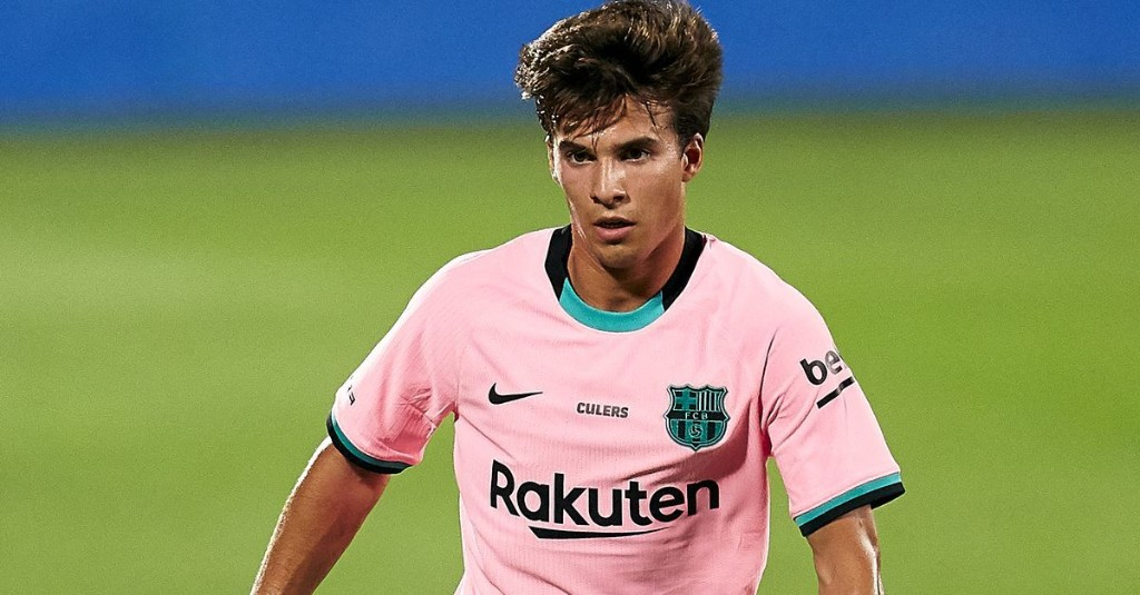 Riqui Puig doesn't seem too worried about Barcelona future