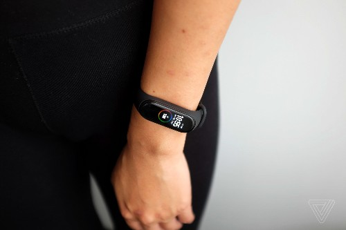 The $40 Mi Band 4 is a nice fitness tracker — if you're already healthy