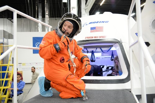 Boeing's new astronaut capsule opens its pod bay doors for NASA