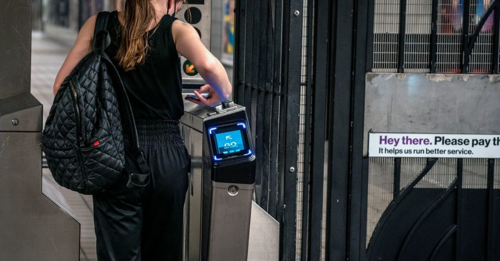 MTA's New OMNY Tap-and-Go Fare Setup Leaves Disabled Subway Riders Waiting