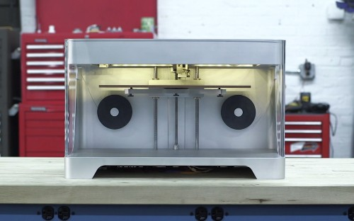 New 3D printer can print in carbon fiber