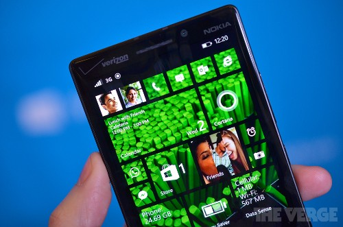 Windows Phone 8.1 update available on April 14th