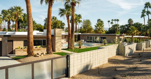 Picture-perfect midcentury asks $3.2M in Palm Springs
