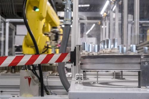 Tesla still isn't getting enough batteries from Panasonic